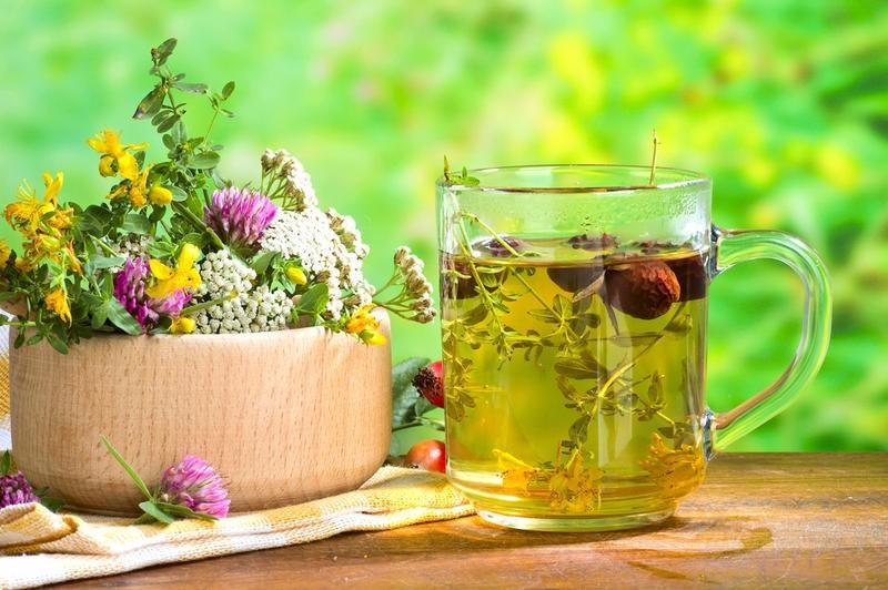 несколько народных средств, которые помогут при лечении полости рта